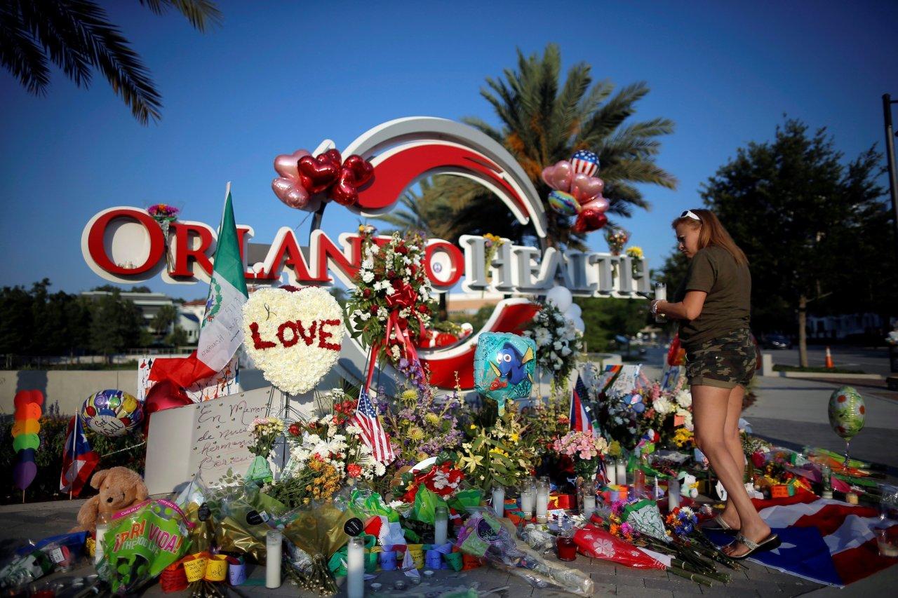 Il memoriale delle vittime della sparatoria
